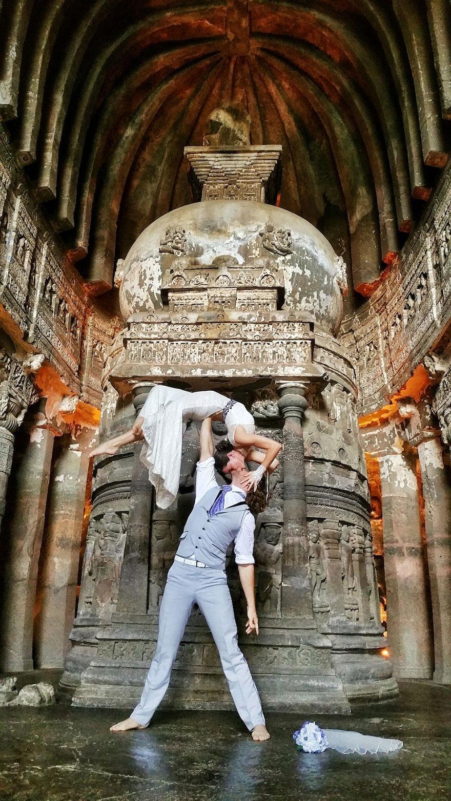 38 düğünle evlenen çift akrobat karı koca